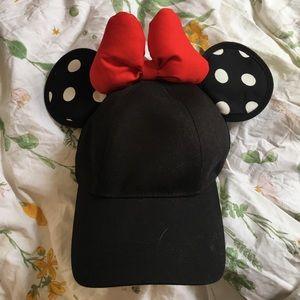 AUTHENTIC BLACK MINNIE HAT